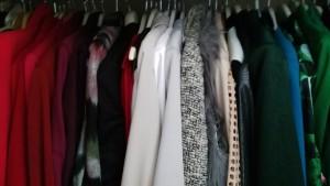 Een opgeruimde kledingkast